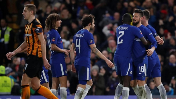 Chelsea gặp Leicester ở tứ kết FA Cup